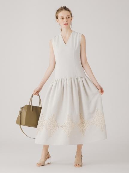 エンブロイダリーロングドレス
